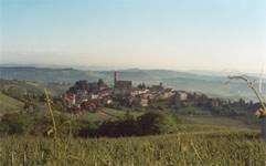 Foto castiglione da lontano